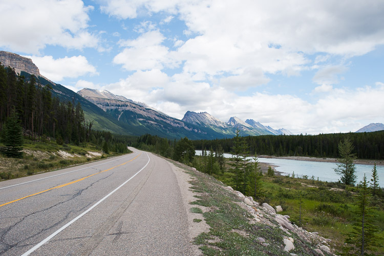 Following the pavement between the Athabasca River and the Endless Chain Ridge